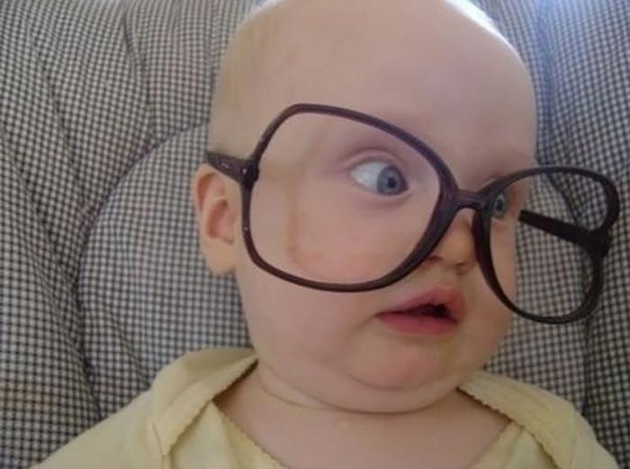 عکس های بچه های کوچولو با عینک-5عکس بچه