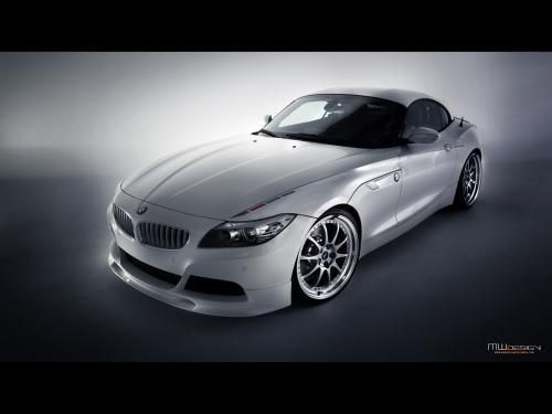 عکس و والپیپر ماشین بی ام و سفید و دو در کورسی BMW