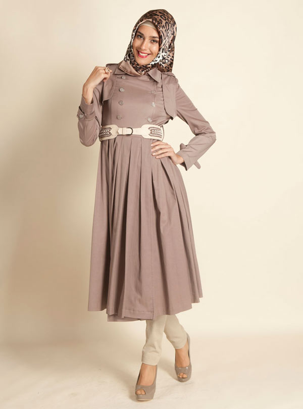 مد لباس مانتو بلند-4 عکس مانتو قرمز و کرم رنگ
