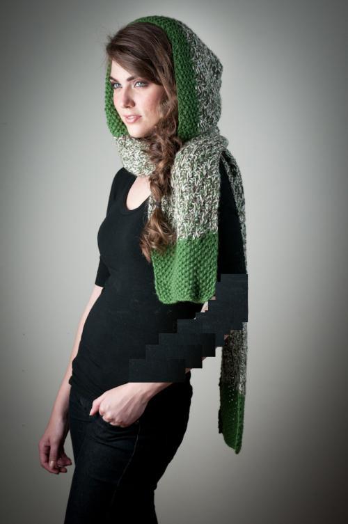 عکس مدل شال سبز-سفید و سیاه