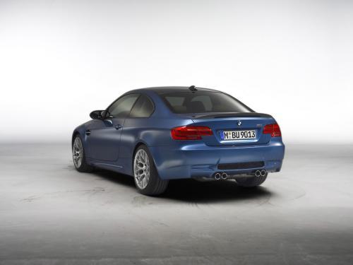 عکس و والپیپر ماشین بی ام و آبی رنگ BMW