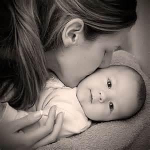عکس عاشقانه مادر و نی نی