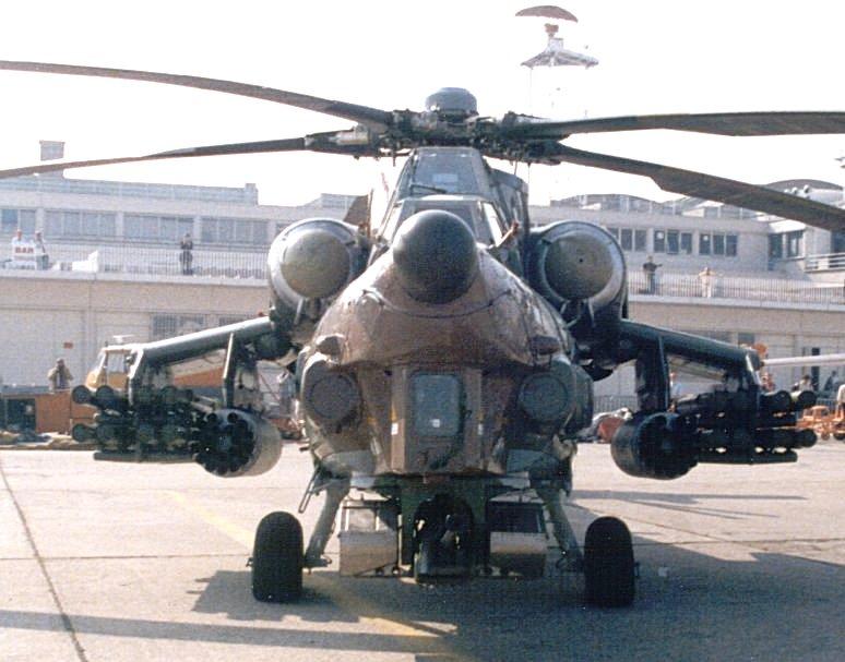 عکس های هلیکوپتر آپاچی جدید